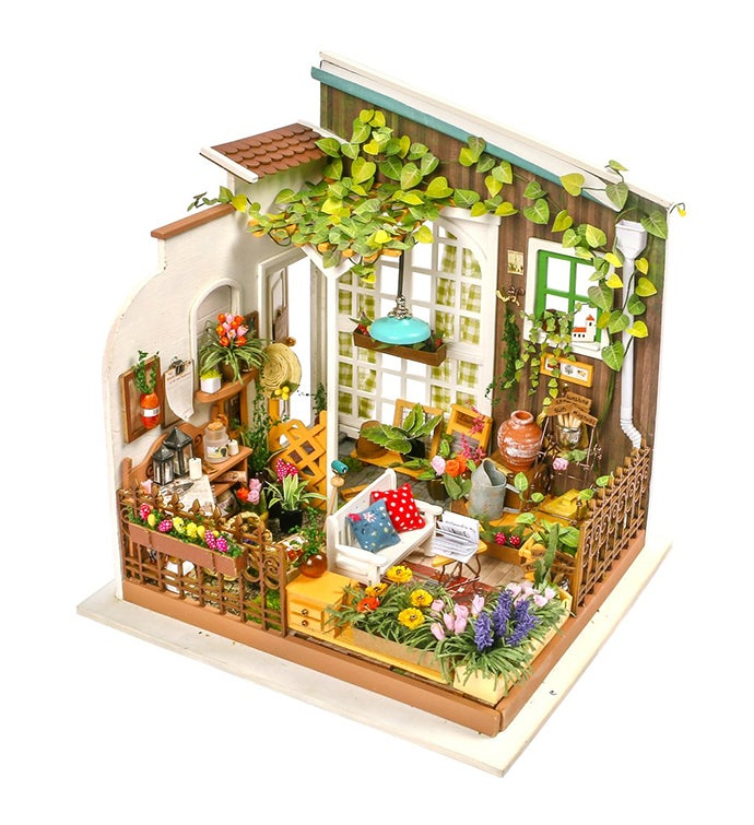 DIY 3d Dollhouse Kit - Miller39s Garden